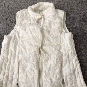 White 32 Degree Heat Vest